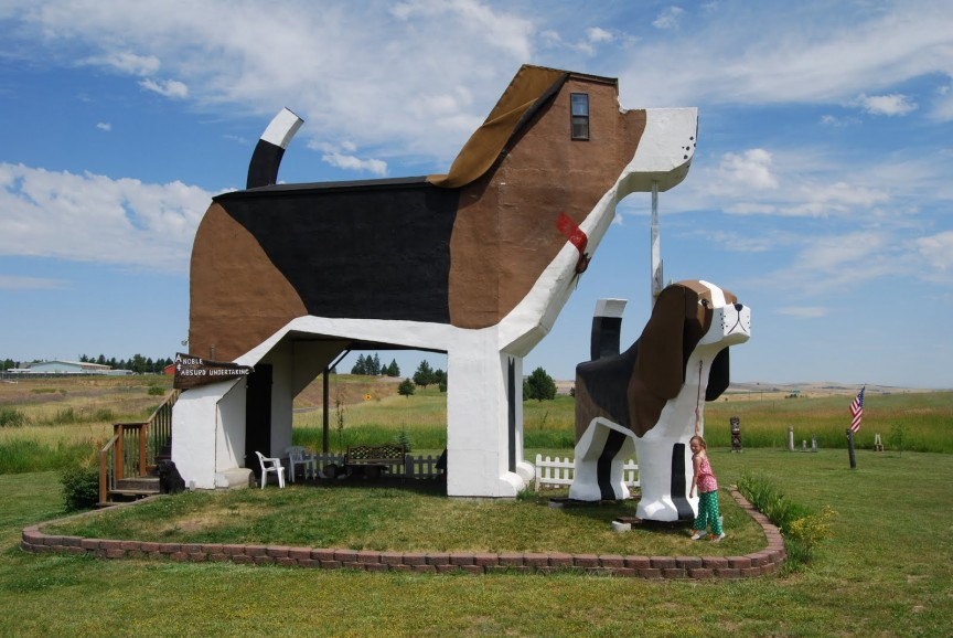 Dog-Bark-Inn-Cottonwood-Idaho