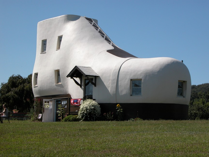 The-Shoe-House