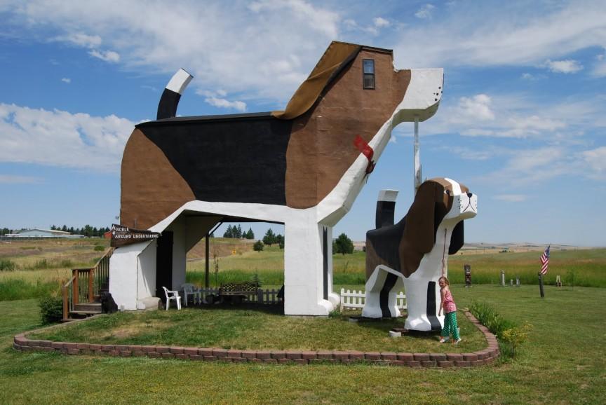 Dog-Bark-Inn-Cottonwood-Idaho